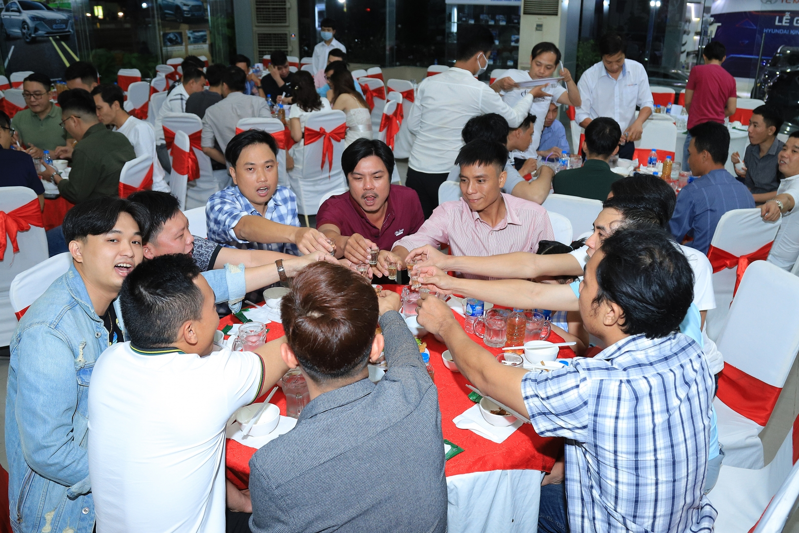 YEAR END PARTY NGUYEN QUANG COMPANY