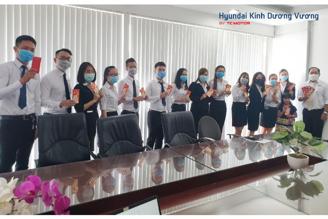 Mừng xuân Canh Tý, đón nhận cơn mưa lì xì từ Ban lãnh đạo Hyundai Kinh Dương Vương